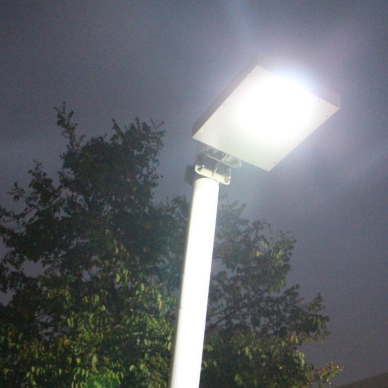 Farola solar led integrada alumbrado calle 12w agraled for Alumbrado solar exterior